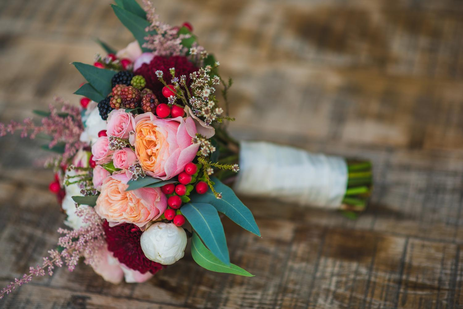 Marsala bridal bouquet in Greece's countryside Riviera Blu Events