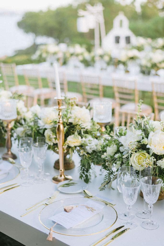 A Grecian Chic wedding at Island Athens Riviera by Wedding Planner Riviera Blu Events