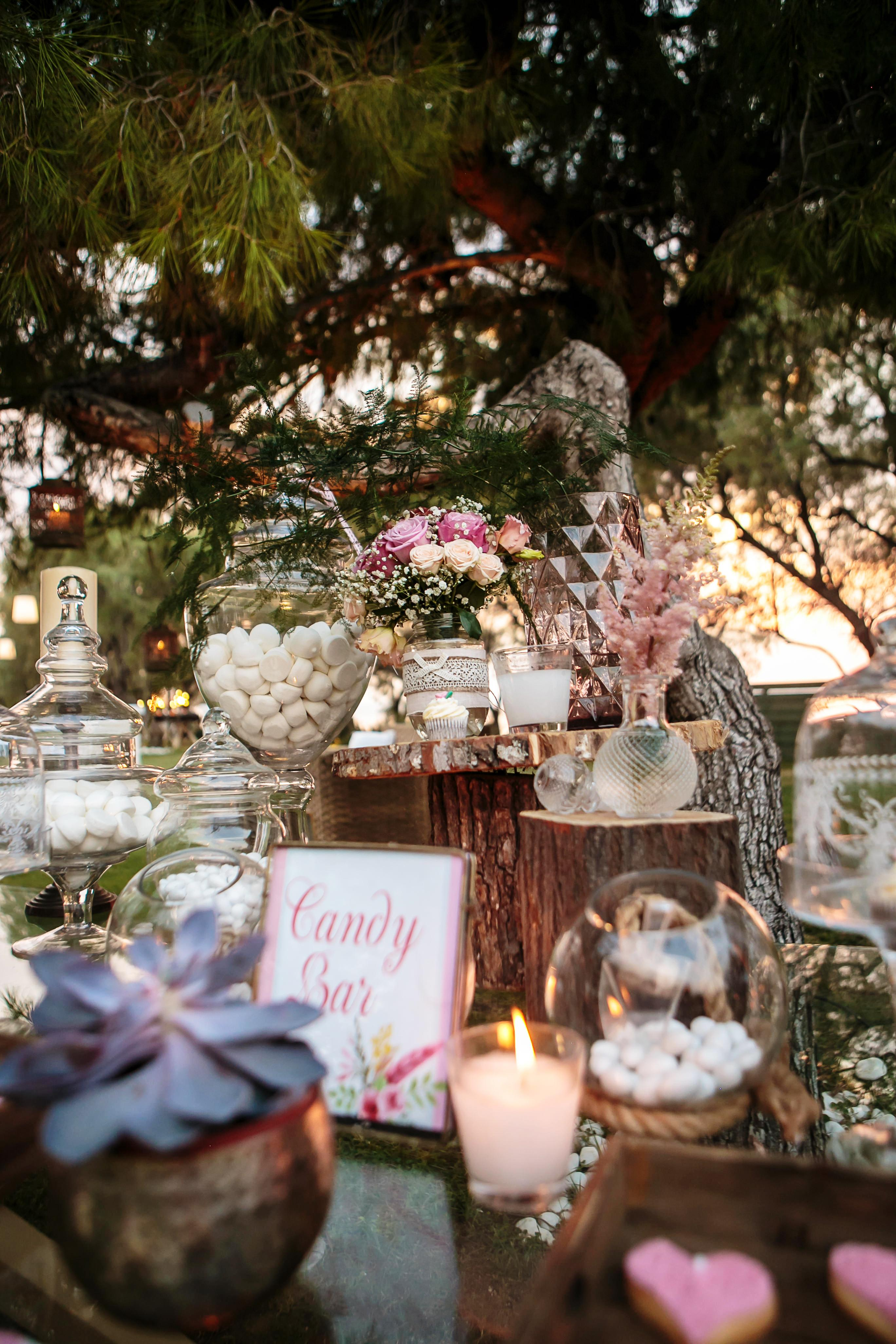 Romantic destination wedding on the Athens Riviera in Greece